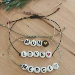 Bracelet perles lettres à...